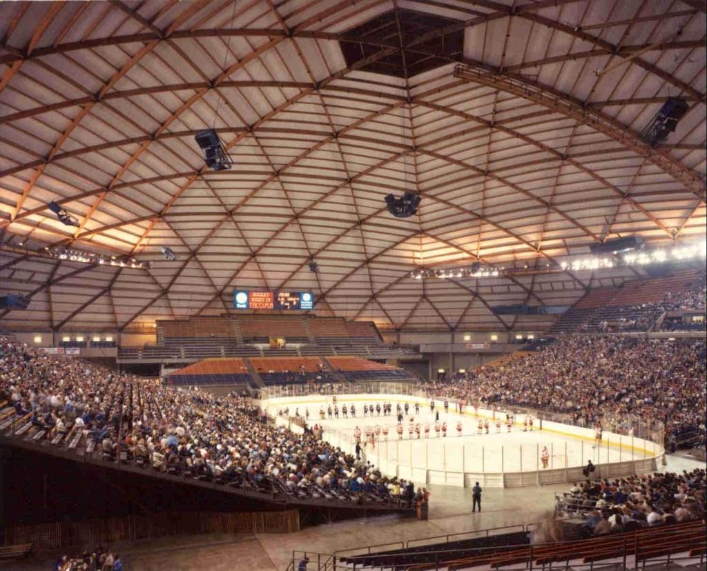 Tacoma Dome, una de las estructuras de madera laminada más grandes del mundo